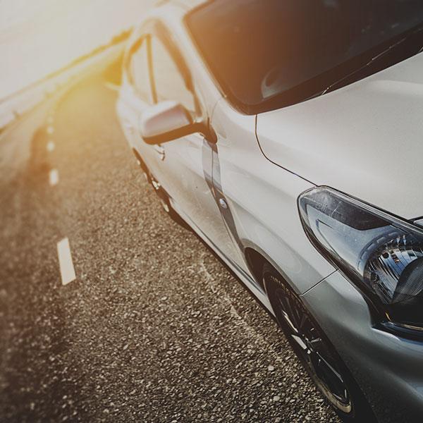automotive window tinting film minimizing glare